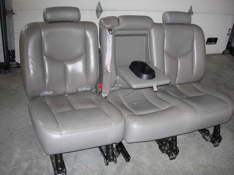 Admirable 2003 2007 Chevy Suburban Middle Row 60 40 Seat Covers Uwap Interior Chair Design Uwaporg
