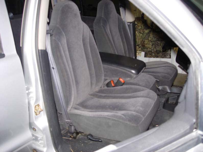 Dakota W Opening Console on 2004 Dodge Dakota Extended Cab Seats
